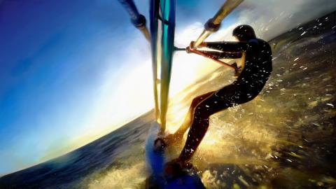 Este É Um Pictura De Surf Com Jan